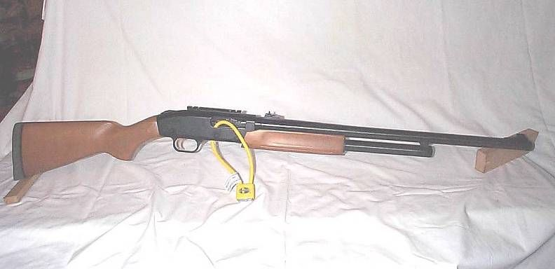 This is a Mossberg 12 gauge model 500.