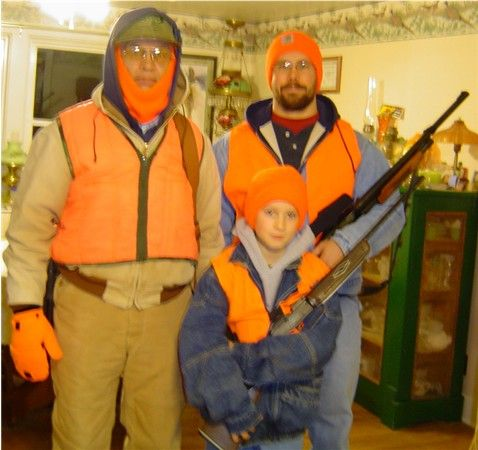 Nicks first deer hunt 2006 Opening day of 2006 deer season in Iowa!  Nick, dad, and grampa heading out!!!