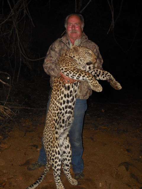 Click to view full size image  ==============  Leopard 2 Hunting with TMS Safaris